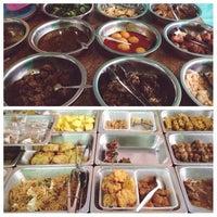 Photo taken at Nasi Jamblang Engkong Budi by Agnes A. on 4/17/2014