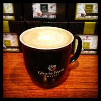 Photo taken at Gloria Jean's Coffees by Bayan B. on 1/21/2013