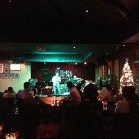 Foto tirada no(a) BlackCat Jazz & Blues Club por Sanino A. em 12/24/2012