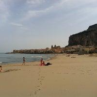 Foto scattata a Spiaggia di Cefalù da Angelo C. il 4/25/2013