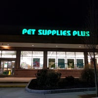 Photo taken at Pet Supplies Plus by Jay D. on 1/12/2017