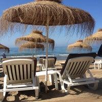 Foto scattata a Nikki Beach Marbella da boojooeden il 6/12/2013