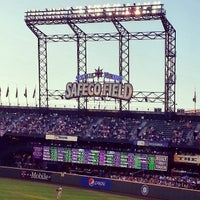 Foto tirada no(a) Safeco Field por David M. em 7/26/2013