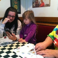 Photo taken at Pizza Hut by Baron C. on 9/15/2012