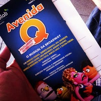 Photo taken at Avenida Q - O Musical da Broadway by Claudinei S. on 8/25/2013