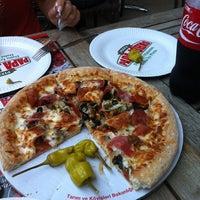 Foto tomada en Papa John's Pizza por Samet Ö. el 9/28/2012