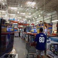 Photo taken at Costco Wholesale by Stephen W. on 9/8/2013