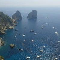 Foto scattata a Porto Turistico di Capri da Simon K. il 8/7/2013