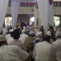 Photo taken at Masjid Raya Sabilal Muhtadin by Habibie P. on 5/22/2013
