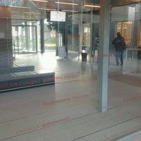 Das Foto wurde bei Campus Engelska Parken von Jakob D. am 11/6/2012 aufgenommen