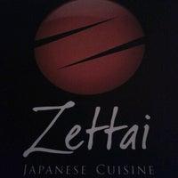 Foto tirada no(a) Zettai - Japanese Cuisine por Felipe C. em 4/17/2013