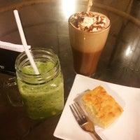 Photo taken at Café Mamia by Jisa R. on 9/24/2016