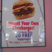 Photo taken at Cheeburger Cheeburger by Mary W. on 9/24/2012