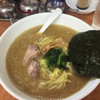 Photo taken at 横浜ラーメン味濱家 by ともや on 6/12/2015