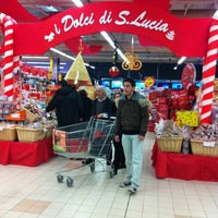 Photo taken at Centro Commerciale Le Rondinelle by Axel S. on 11/25/2012