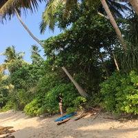 Снимок сделан в Hiriketiwella beach пользователем Brew L. 1/29/2018
