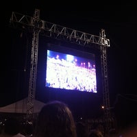 Photo taken at Arena Taguaparque by aliine m. on 5/17/2013