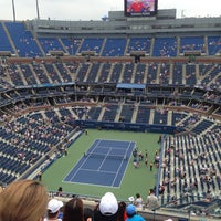 Foto tomada en Arthur Ashe Stadium - USTA Billie Jean King National Tennis Center  por Rob W. el 9/2/2013
