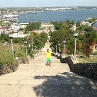 Снимок сделан в Большая Митридатская лестница пользователем Тёма M. 8/24/2013