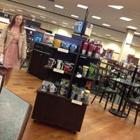 Photo taken at Barnes & Noble by Jorge R. on 3/11/2013