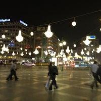 10/8/2012 tarihinde kolifaziyaretçi tarafından Kızılay Meydanı'de çekilen fotoğraf