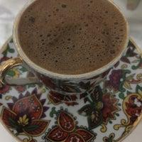 Photo taken at Yeşil Dardanos Tatil Sitesi by Merve E. on 8/27/2017