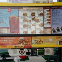 Photo taken at SONIC Drive In by Lourdes C. on 8/31/2013