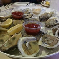 Photo taken at Deckhand Oyster Bar by Estal8r on 11/3/2012