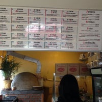 Photo taken at Pizzeria Italiana Pacciarino by Mauricio R. on 8/10/2014