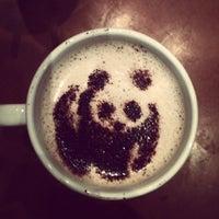 Снимок сделан в Costa Coffee пользователем Ola Z. 10/6/2012