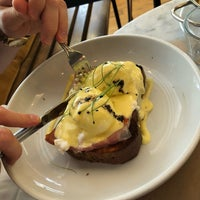 Photo taken at Evelina Restaurant by Hana S. on 9/2/2018