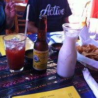รูปภาพถ่ายที่ El Comal Mexican Restaurant โดย Ana B. เมื่อ 11/24/2012