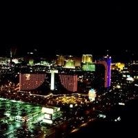 Foto tirada no(a) The View por LaLa C. em 11/17/2013
