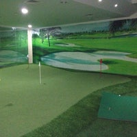 Photo taken at 4S Golf Club and Fitness by Ângelo A. on 8/29/2013