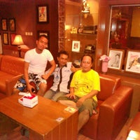 Photo taken at Kedai Ya'uL by Togar O. on 10/19/2013