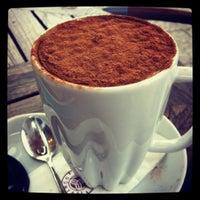 12/22/2012 tarihinde Burcu S.ziyaretçi tarafından Kahve Dünyası'de çekilen fotoğraf