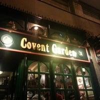Foto tomada en Covent Garden por Ces M. el 10/16/2012