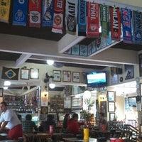 Das Foto wurde bei Empanadas Bar von Lourdes L. am 6/2/2013 aufgenommen