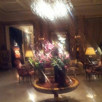 Photo taken at Hôtel Westminster by Draculessa on 3/25/2013
