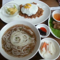 Photo taken at ORIENTAL SPOON by Hyoung Sun P. on 9/12/2014