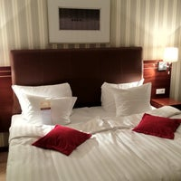 Снимок сделан в Solo Sokos Hotel Palace Bridge пользователем Irin I. 12/24/2012