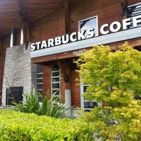 Photo taken at Starbucks by Tammy T. on 6/8/2013