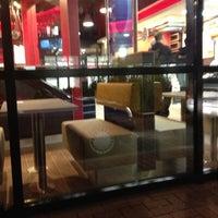 Das Foto wurde bei Burger King von Dennis H. am 11/15/2012 aufgenommen