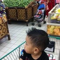 Photo taken at Giant Hypermarket by Nicolaas E. on 11/16/2014