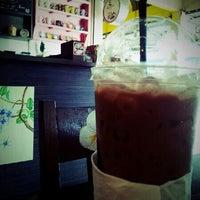 Photo taken at Coffee Way by Phatchara-pha B. on 12/15/2012