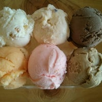 Photo taken at Hammond's Gourmet Ice Cream by Stacy P. on 7/14/2014