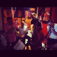 Foto tirada no(a) Barley Brew Pub por Gabriel R. em 11/17/2012