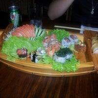 Foto diambil di Hanbai Sushi Bar oleh Gilson O. pada 9/14/2012