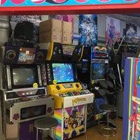 Photo taken at TSUTAYA 宜野湾上原店 by あざりぃ on 10/1/2016