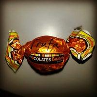 Photo taken at Chocolates Brasil Cacau by Isis V. on 1/29/2013